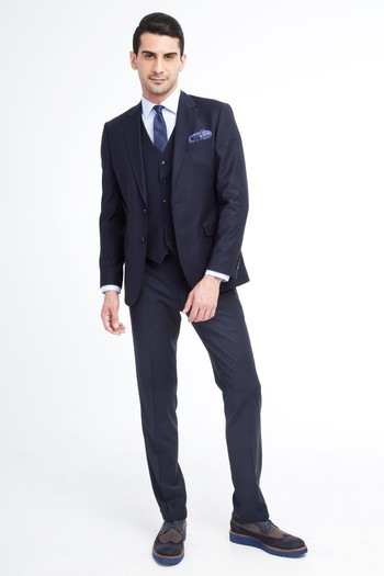 Slim Fit Yünlü Yelekli Takım Elbise